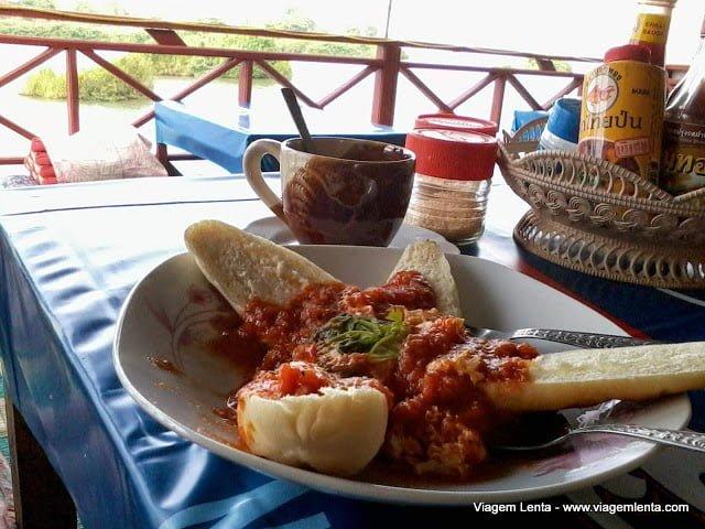 Dieta low-carb, paleo, cetogênica e jejum intermitente em Don Det, Laos