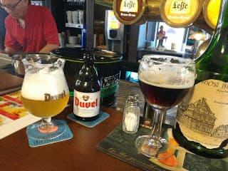 Cervejas belgas: Duvel e Leffe