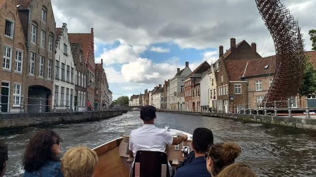Passeio nos canais de Bruges, Bélgica