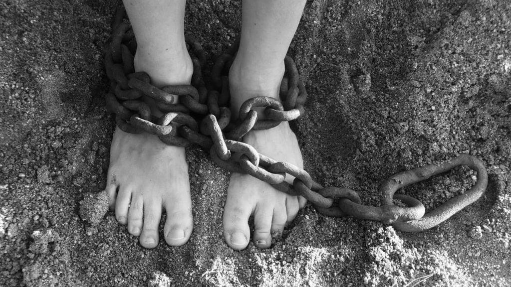 Sou um escravo se trabalho e não sou financeiramente independente?