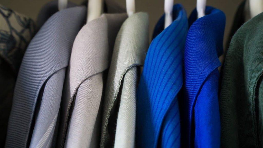 Armário de roupas: desejos ou necessidades?