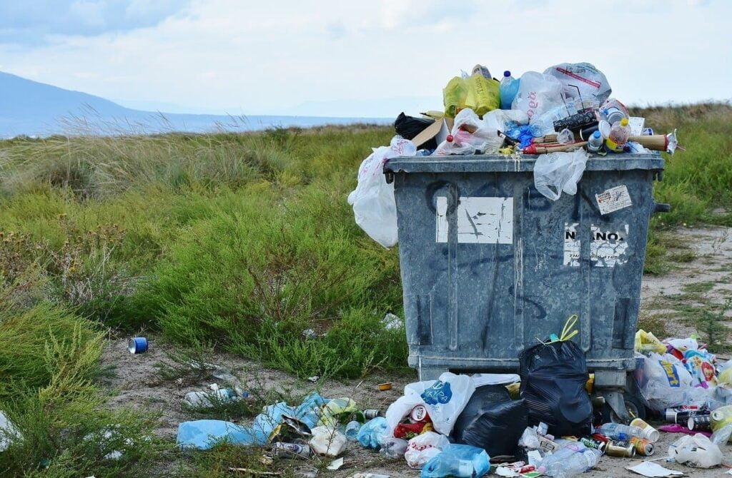Desperdícios viram lixo
