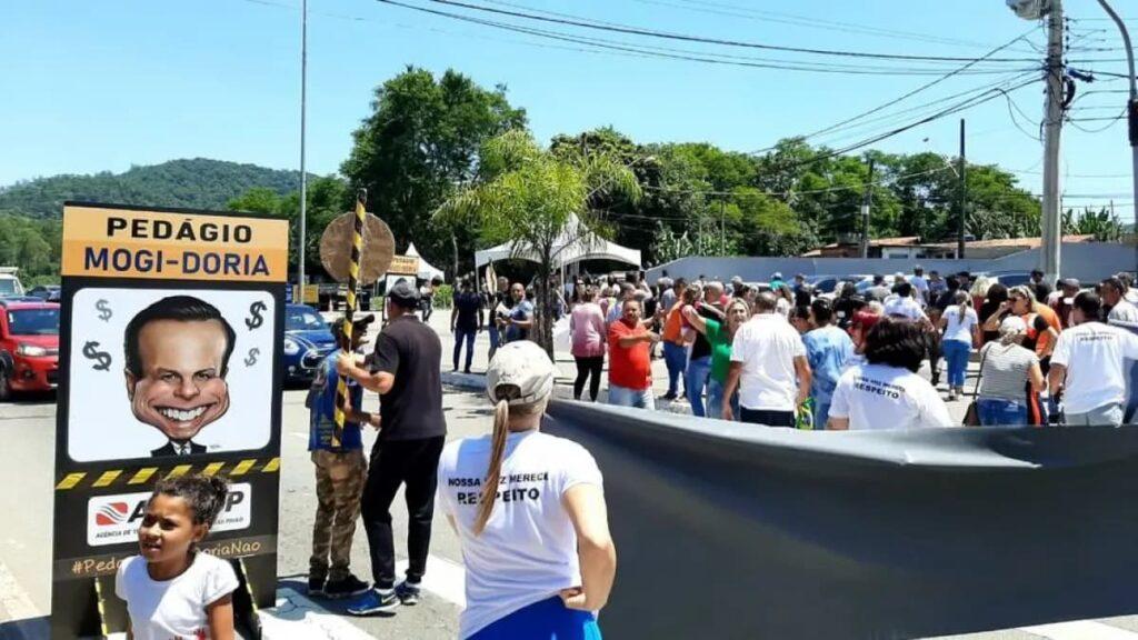 Protestos contra a tarifa de pedágios