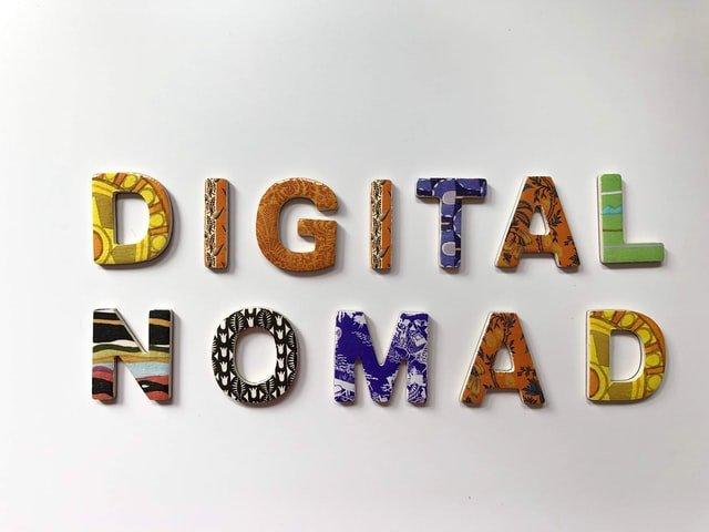 Nômades digitais e independência financeira